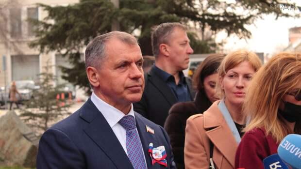 Константинов: Крым ожидает дополнительно миллион туристов в ближайшие два месяца
