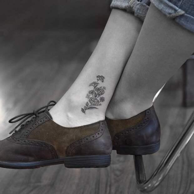 10 милых тату на щиколотке, которые выглядят аккуратно и женственно