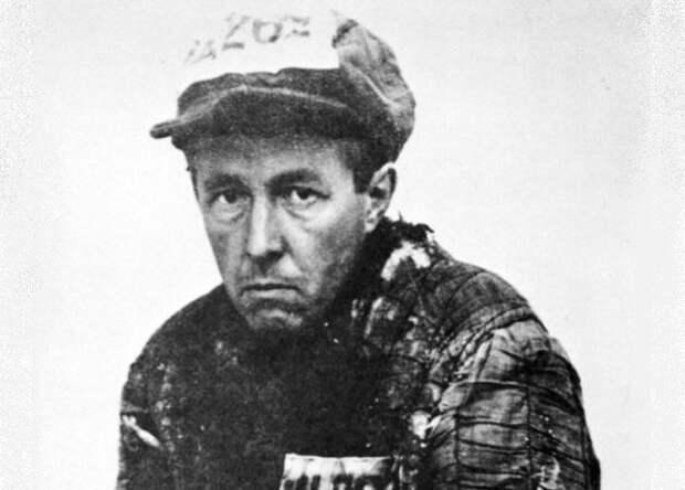 Александр Солженицын: за что его арестовал СМЕРШ