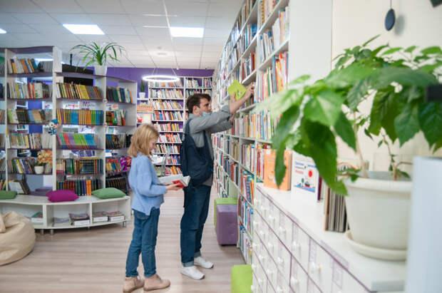 «СА» побывала в новой детской модельной библиотеке Майкопа. Рассказываем, чем здесь можно заняться