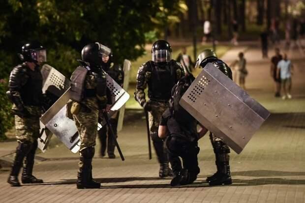Белоруссии предрекли «хаос и анархию»