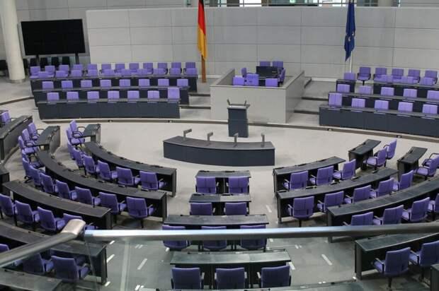 Блок Меркель проиграл на выборах после подсчета 100% округов