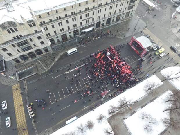 И это народный хозяйственник? Грудинин провалил московский митинг