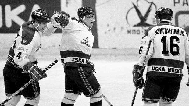 Супергол 19-летнего Буре в чемпионате СССР. Он умудрился забить в падении с острого угла в матче с чемпионом страны