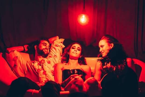 Оргии насоциальном расстоянии: секс-клуб вНью-Йорке открывается после карантина