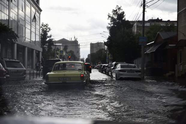 В Краснодарский край пришли проливные дожди