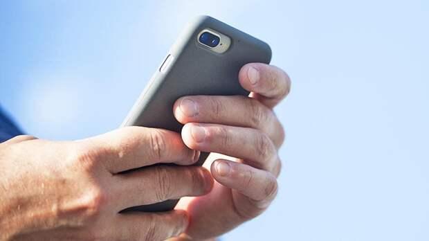 Назван способ спасения утопленного смартфона