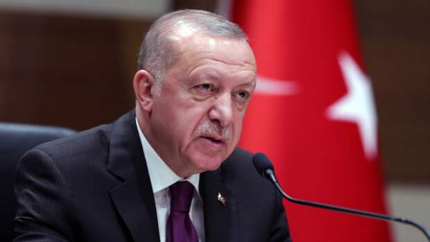Эрдоган отчаянно любезничает с Путиным
