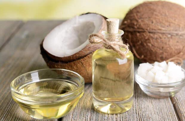Одно для жарки, другое только для заправки: разбираем особенности 10 основных видов масла
