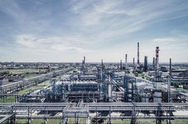 На фоне заявлений Трампа о переговорах лидеров РФ и СА не рынке нефти зафиксированы скачки цен