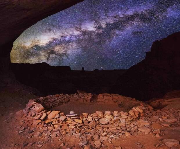 """М.Сейгал """"Млечный путь зажигает небо в теплую летнюю ночь"""""""