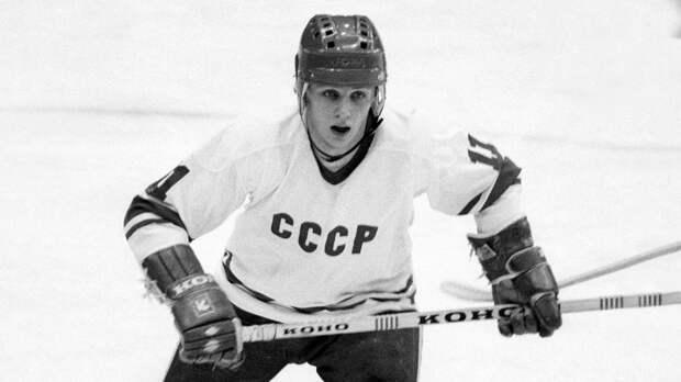 Великий гол советского форварда Ларионова. Он классно бросил с разворота и в последний раз забил за сборную СССР