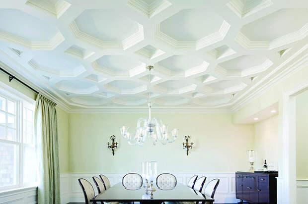 Великолепная геометрия высокого потолка