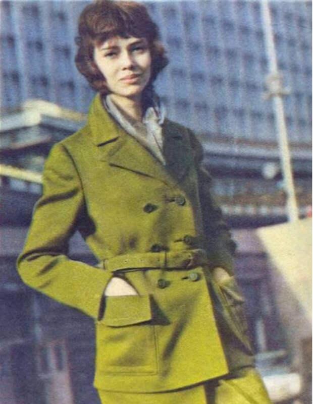 Как выглядела советская модель Елена Метёлкина, когда не играла инопланетянку