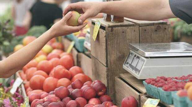 Власти назвали основную причину роста цен на продукты в Крыму