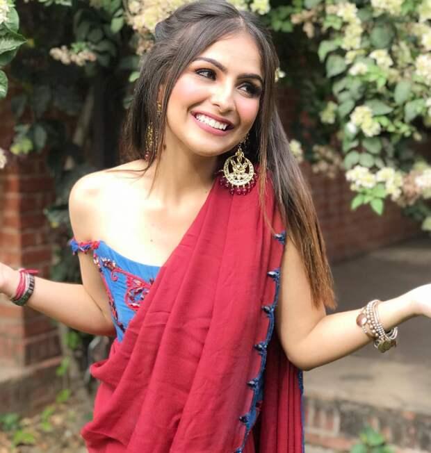 Красивые и модные девушки на просторах интернета