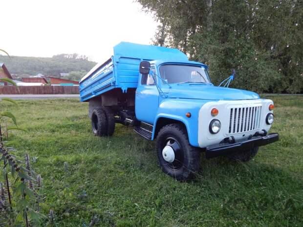 ГАЗ-53: история грузовика из детства