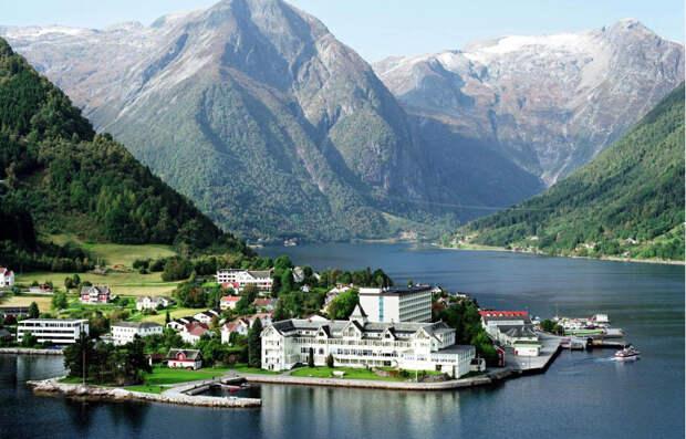 http://marisan.instanttek.com/wp-content/uploads/2013/08/Scandinavia_600x382.jpg