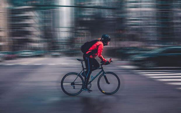 Велосипедистов-нарушителей надо лишать прав - депутатский вброс
