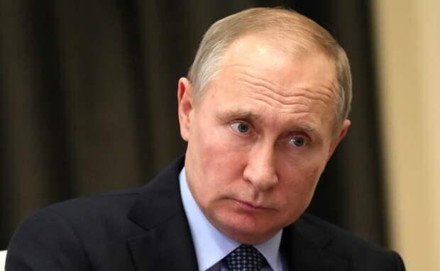 Путин уволил двух генералов в связи с делом Ивана Голунова