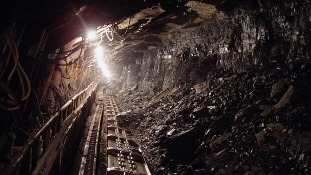 Из-за отключения вентилятора из шахты в Кузбассе вывели на поверхность горняков