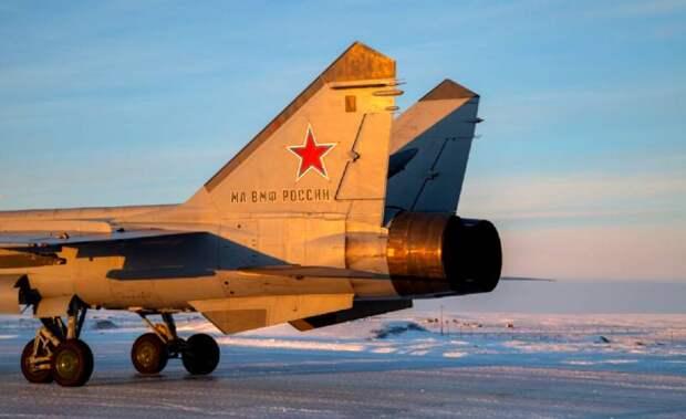 The Drive объяснил смысл размещения МиГ-31 на Крайнем Севере