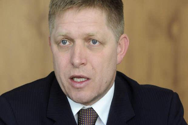 Премьер Словакии пригрозил наложить вето на новые «бессмысленные» санкции против России