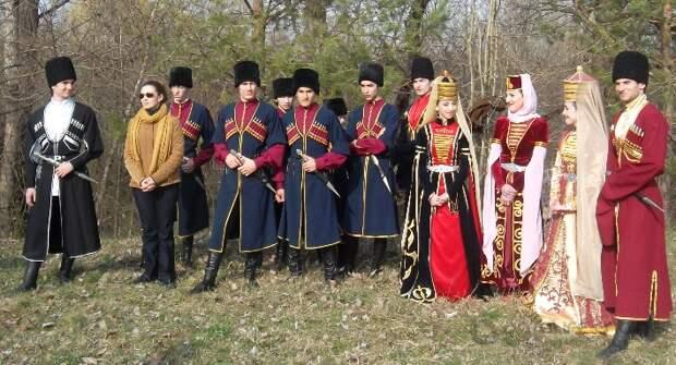 Обряд черкесов пруроченный к Новому году «Маф1ащхьэ тыхь»