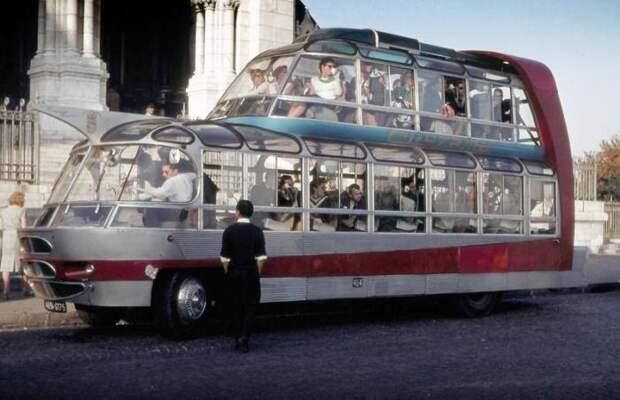 Подборка самых забавных автобусов (8 фото)