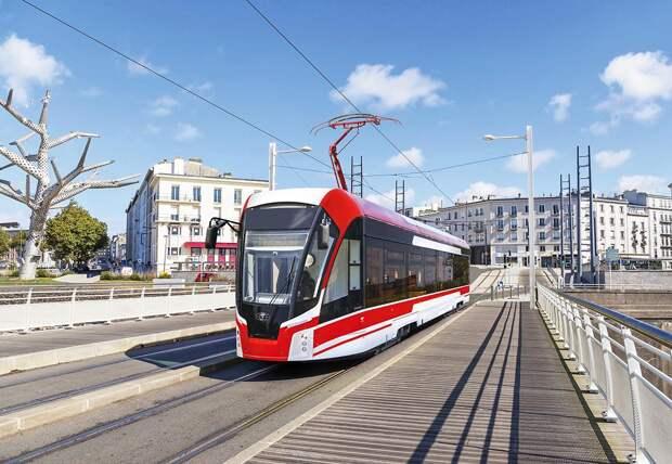 В Ижевск прибыли первые 6 новых трамваев
