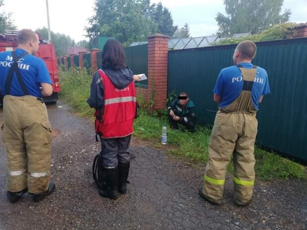 С помощью сирены спасателям в Удмуртии удалось помочь заблудившемуся в лесу мужчине
