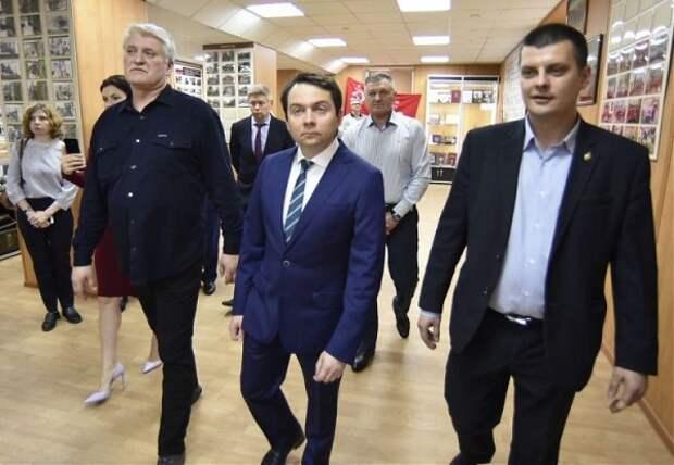 Ещё один губернатор-выдвиженец из правительства Медведева попал в «чёрный список»