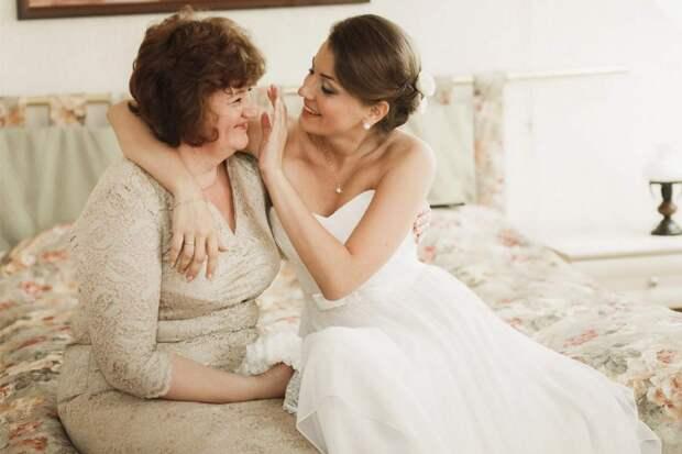 В нагрузку к невесте идёт её мать без квартиры