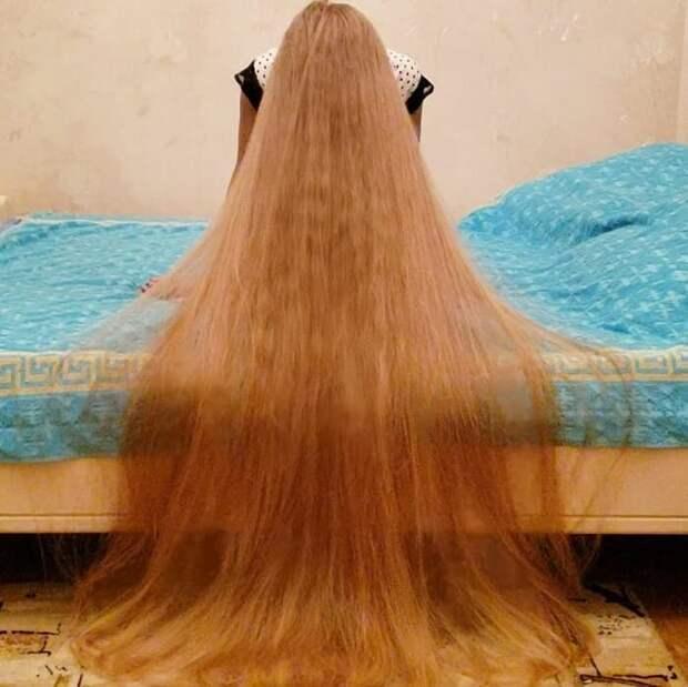 Златовласка из Одессы не стригла волосы 30 лет