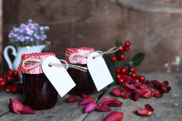 15 рецептов необычного варенья из клубники