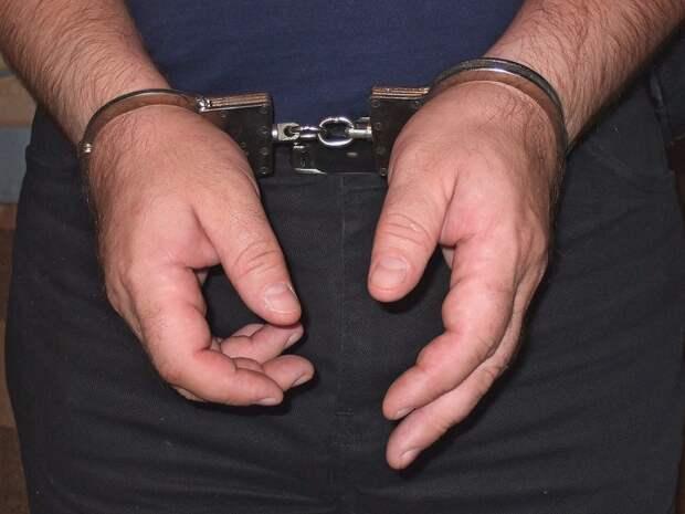 Жителя Севастополя осудят за многократное изнасилование падчерицы
