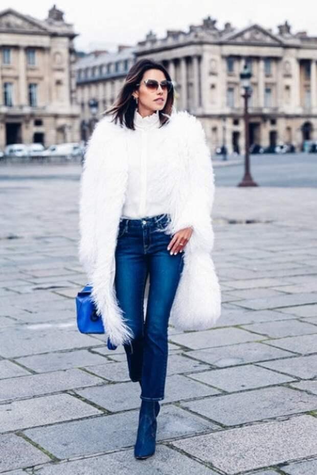 С чем носить белое пальто, чтобы всегда быть в центре внимания