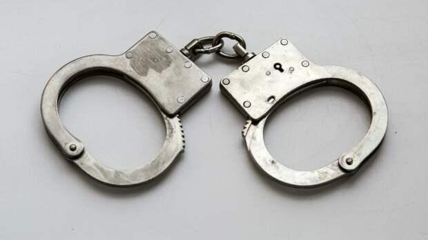 Россиянин был задержан во Внуково при попытке ввезти мигрантов за взятку