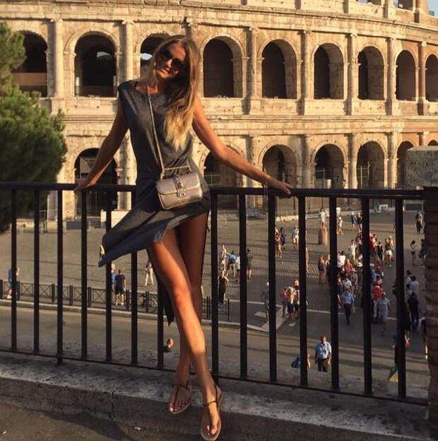 Самая красивая теннисистка в мире стала моделью с идеальной фигурой