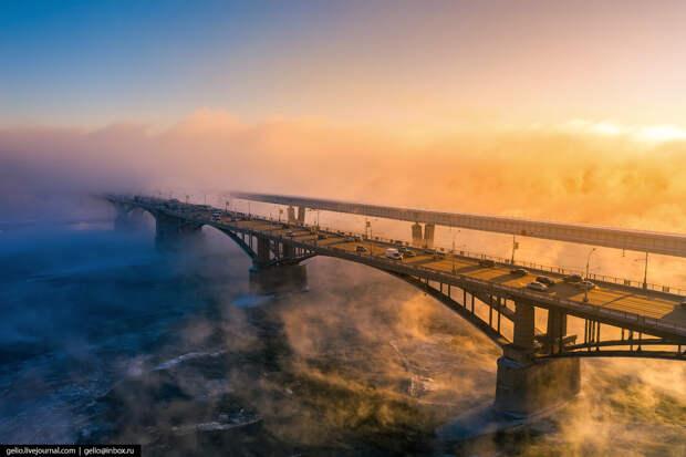 В Новосибирске ещё зима, но очень красиво
