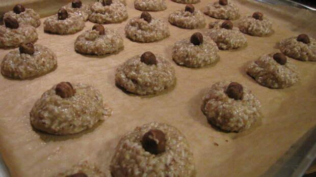 Орехово-кокосовое печенье