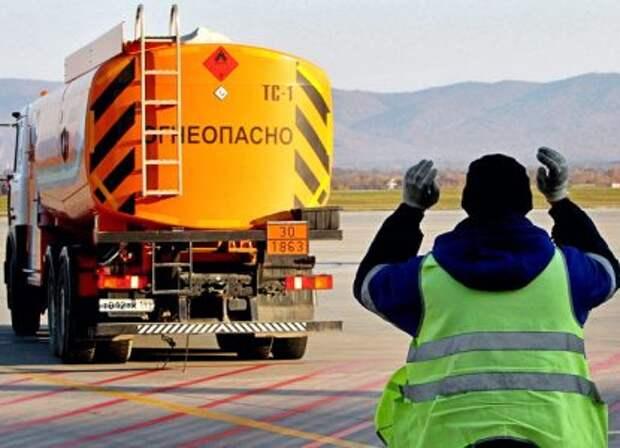 Почему в России возник дефицит бензина