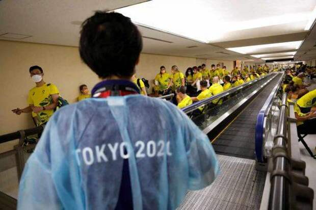 В Олимпийском Токио бушует COVID-19, а МОК меняет девиз