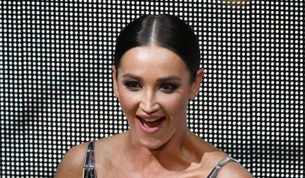 Снявшейся в голливудском фильме Бузовой вручили награду «Мисс Вселенная»