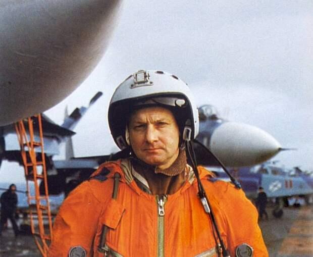Почему бессилен единственный российский авианосец