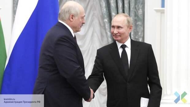 Лукашенко сообщил о переговорах с Путиным на предмет баз НАТО на Украине