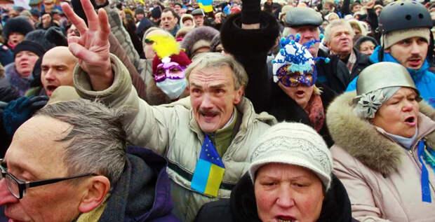 Украинский друг оказался вдруг. И не друг. А так. А потом, через 5 лет, снова в друзья стал набиваться.