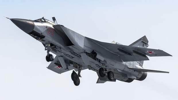 Самолёты США и Британии сунулись к границе РФ через несколько часов после норвежцев