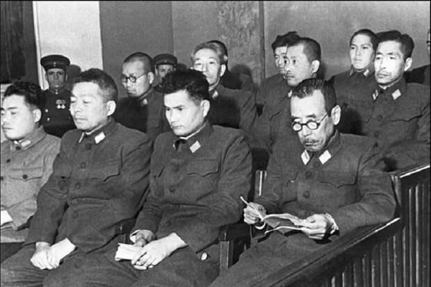 Как японцы учили США травить ядами население СССР