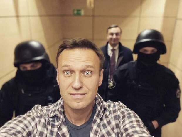 СМИ: медики непришли на«акцию врачей» вподдержку Навального